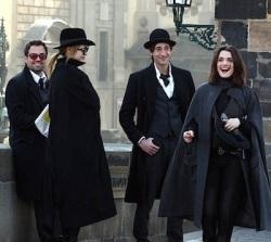 The cast of the con