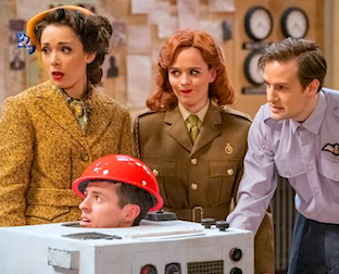 The Goes Wrong Show - The Pilot (Not the Pilot)